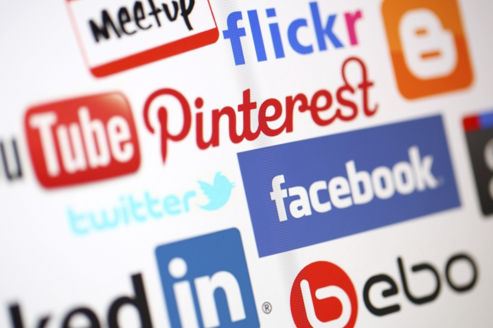 Service for social media marketing